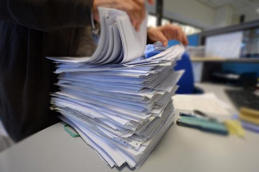 uae jail for forging document